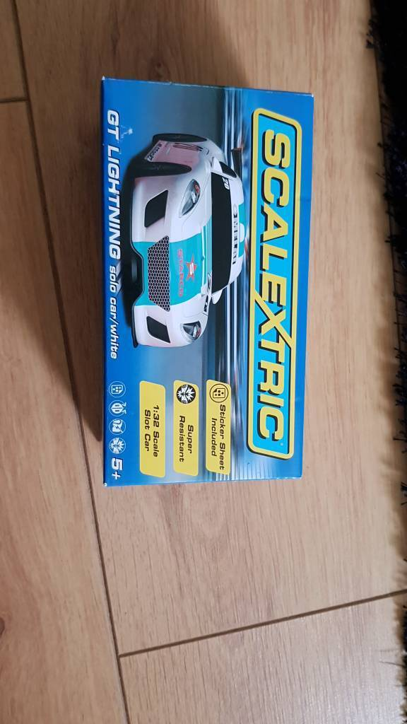 Scalextric GT lightning white new