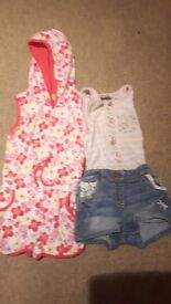 Baby girl clothes 12-18monthes 3 outfits