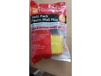 9 Packs Rawlplugs Plastic - Brown-Yellow-Red. x 200 Piece Light & Medium Use