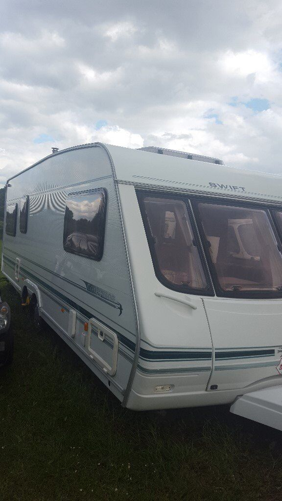 Swift Conqueror 650 Lux, Luxury large twin axle is the perfect caravan for families with children