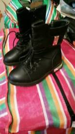 Shoes & Bootss , for teenage as from 6 years Old over