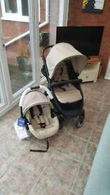 Hauck car seat (new with tags) plus Hauck Lift Up 4 pushchair (used condition)
