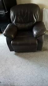 Brown/black recliner chair