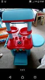 Children's toy kitchen reduced