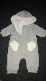 Unisex grey snow suit