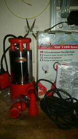Brand new Grizzly submersible dirty water pump