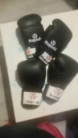 Boxing gloves 9 pairs