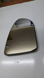 Nissan Qashqai Right side front glass Heated perfect replacement