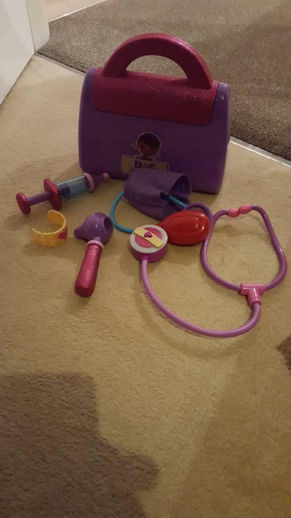 Doc mcstuffins medical kit
