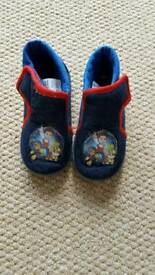Infant boys Paw Patrol slippers size 6