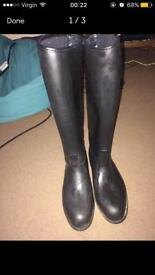 Second hand riding boots size 4