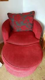 Sofa and 2 swivel chairs