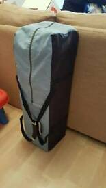 Travel cot with mattress to fit