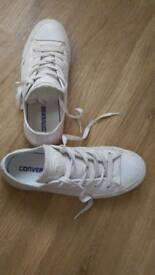 Converse Leather White Pumps