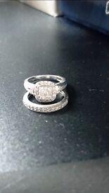 Wedding/engagement ring set