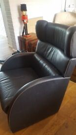 Leather armchair in very good condition
