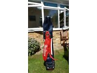 FULL SET GOLF CLUBS INCLUDING BAG RIGHT HANDED SUIT BEGINNER £ 35 OVNO
