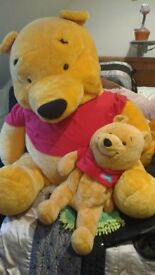 winnie the pooh baby bear and a mummy bear needs good home