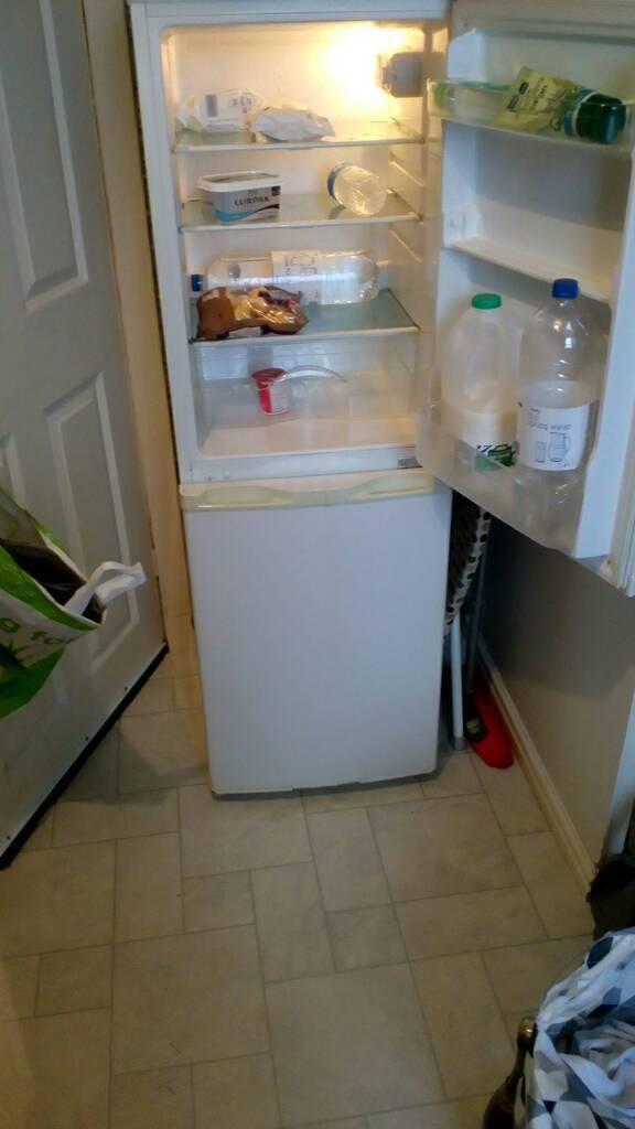Fridge / Freezer AVAILABLE Nov 1