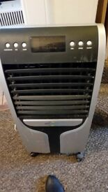 """AIR CONDITIONING UNIT, portable,variable speed, perfect working order 31"""" x 14"""""""