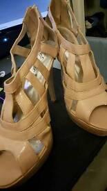 Beige/Pink Undertone High Heels