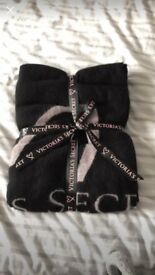 Brand new Victoria secret blanket never been used