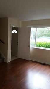 2 BDRM, 3 LEVEL TOWNHOUSE IN DARTMOUTH AVAILABLE APRIL 1ST