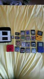 Nintendo DS lite with X1 games, Gameboy advance S with X2 games, X2 Gameboy color with X13 games