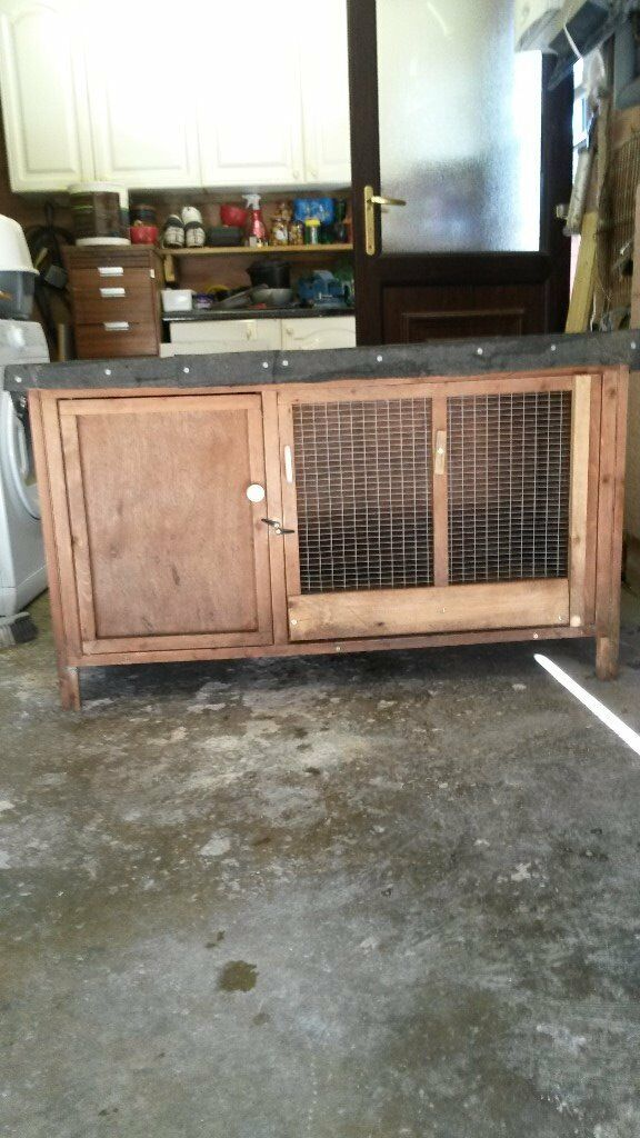 Large Rabbit Hutch.