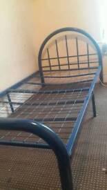 Single bed metta frame