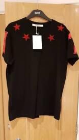 Givenchy T-shirt LARGE