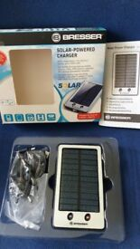 solar powerd charger very good conition