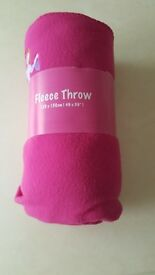 fleece throw and cushion cover set