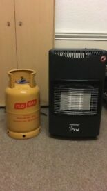Gas heater with 2 butane bottles
