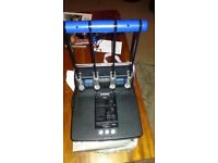Rapesco Heavy duty 4 hole Perforator