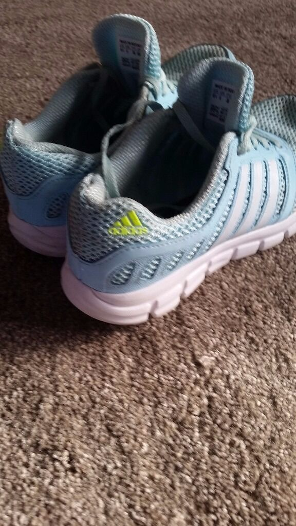 Light Green adidas running shoes ladies size 5in Stoke on Trent, StaffordshireGumtree - Light green adidas running shoes Ladies size 5 Need washing but in good condition Collection only