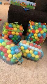 Ball pit balls multicoloured