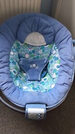 Bright stars bouncer chair
