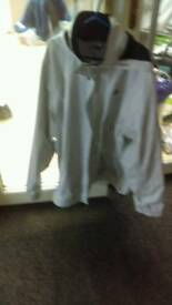 WOMAN'S Grey North Face resolve dryvent jacket size xxl in excellent condition only worn once