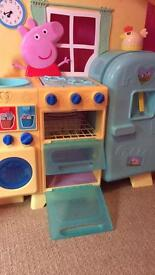 Peppa Pig Kitchen and Food