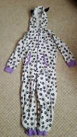 101 Dalmatians onesie, age 6-7, great condition