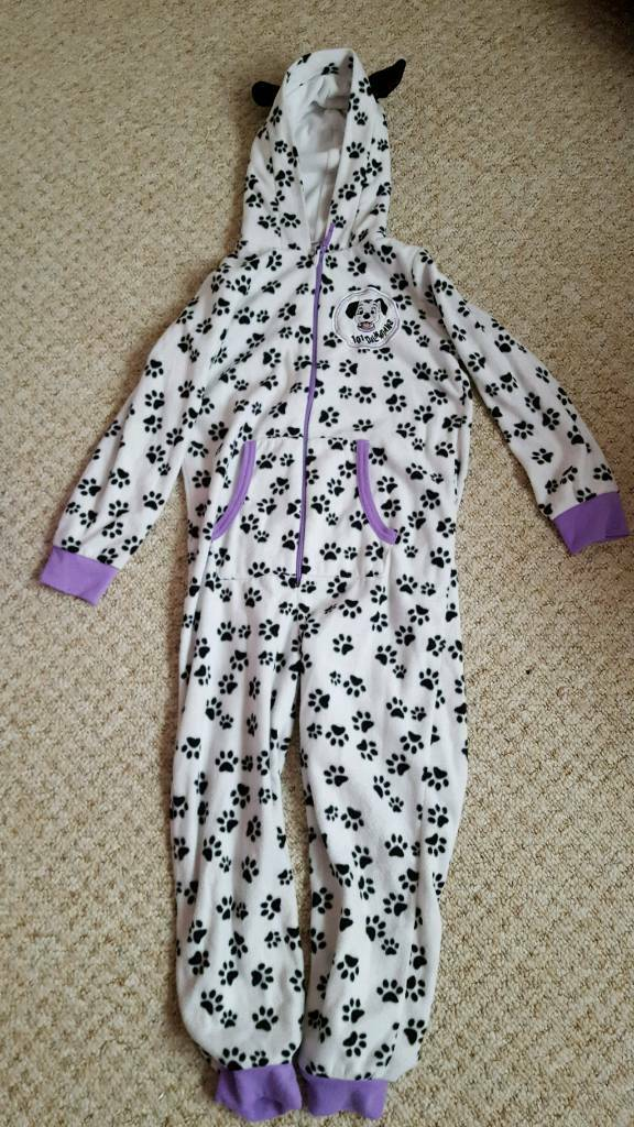 101 Dalmatians onesie, age 6-7, great condition