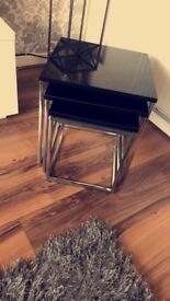 Black high gloss nest of tables
