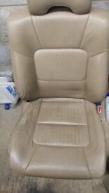 subaru outback drivers seat electric