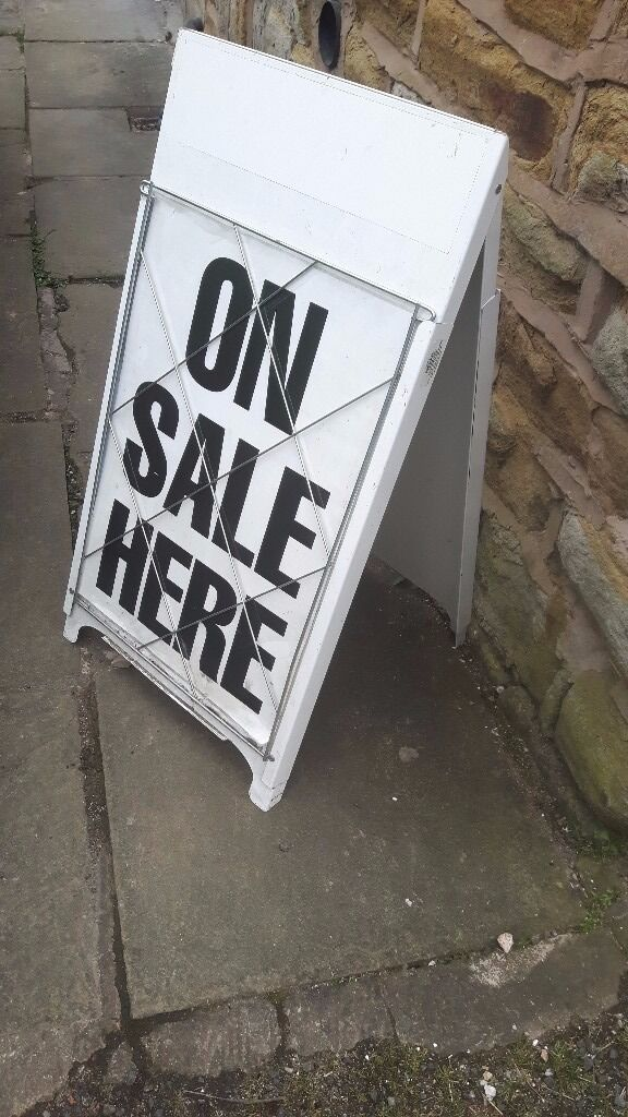 Vintage Retro Shop Advertising Display Sign A Board Newspaper Stand Pavement Black White Sale Here