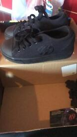 Kids heelys size 13 like new worn 2x Quick Sale