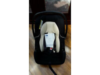 Mothercare - Ziba infant carrier (black chair with sun canopy)