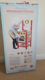 Le Toy Van Applewood kitchen - Brand New!