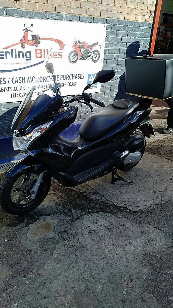 HONDA PCX 2014 GOOD CONDITION JUST SERVICED