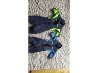 x2 3/4 Circle one Kids unisex wetsuits 4-5 y (XXXS) and 6-7y and (XS) - immaculate condition